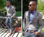 Corbata de moño y jeans